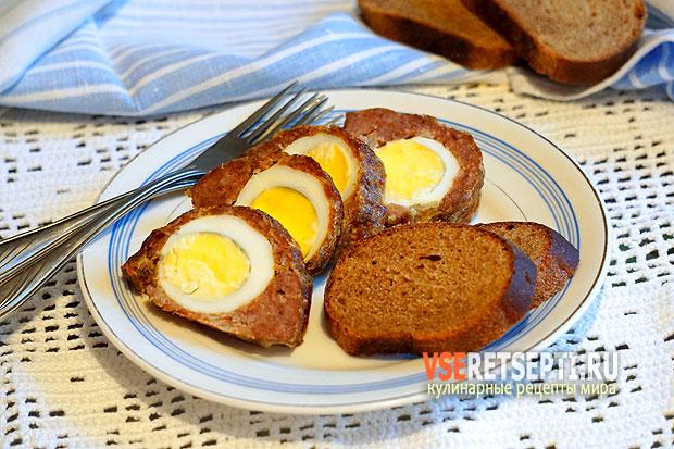 Рулет с яйцом в духовке