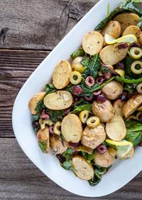 Салат из запечённого картофеля с оливками