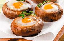 Шампиньоны с перепелиными яйцами