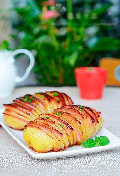 Запечённая гармошкой картошка