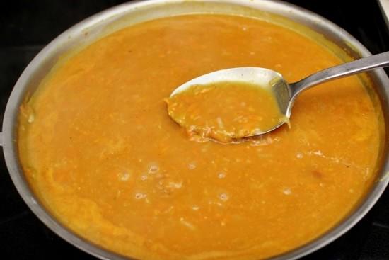 Фрикадельки в сливочно-томатном соусе