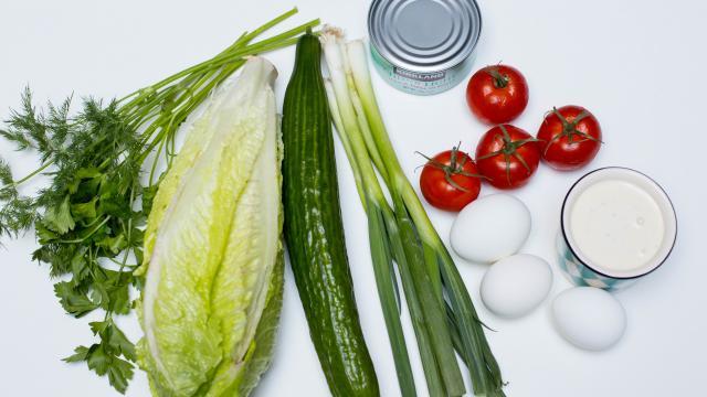 Овощной ассорти с тунцом рецепт