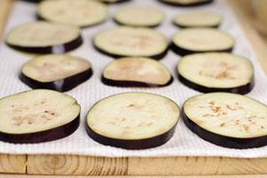 Приготовление баклажанов с мясом