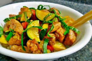 Как приготовить свинину с кабачками