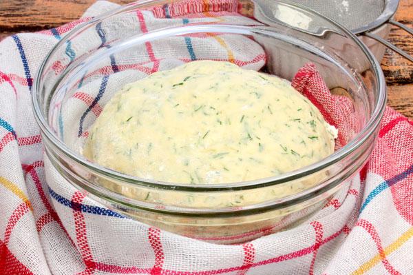 Домашнее тесто с зеленью