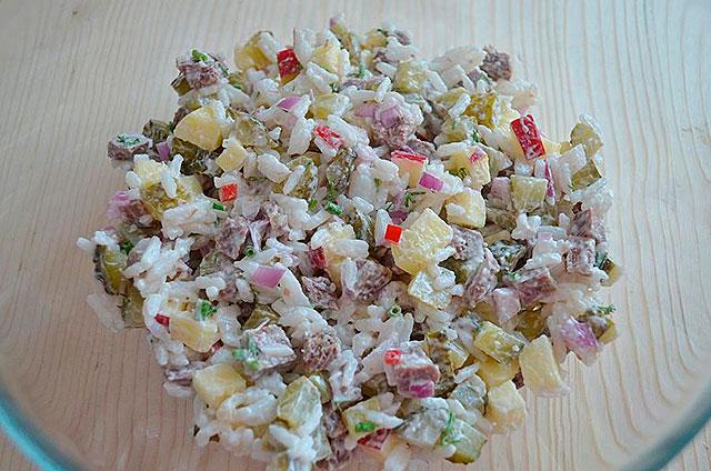 Мясной салат с рисом рецепт