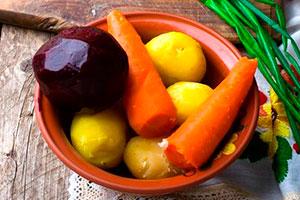 Отваренные овощи для винегрета