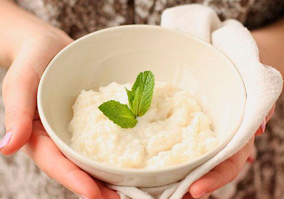 Сладкая рисовая каша с молоком