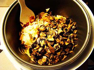 Тушеная капуста с грибами приготовление