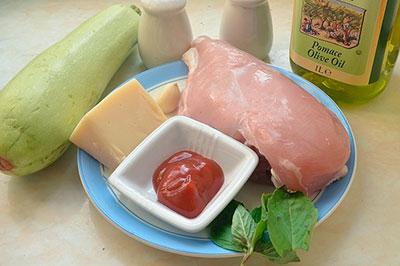 Ингредиенты для рулетиков из кабачков с куриным филе