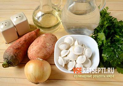 Ингредиенты для супа с пельменями