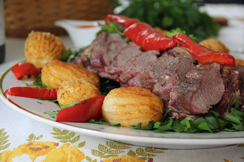 Картошка с паприкой и мясом
