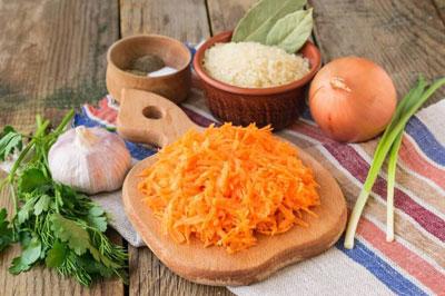 Протертая морковь через тёрку