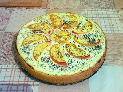 Рецепт песочного пирога с творогом и персиками