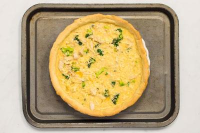 Сырный пирог с заливной начинкой