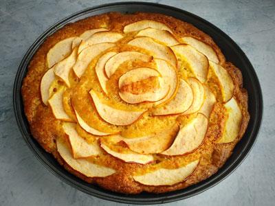 Шарлотка с творогом и яблоками запеченная в духовке