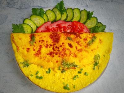 Омлет из яиц с творогом фото
